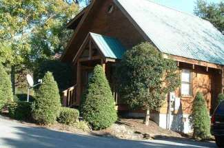 Log Cabin in Pigeon Forge